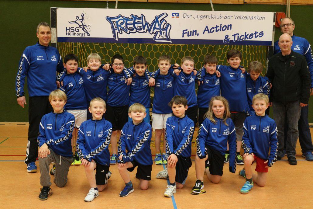 Neue Trainingsanzüge der E-Jugend des HSG Hüllhorst